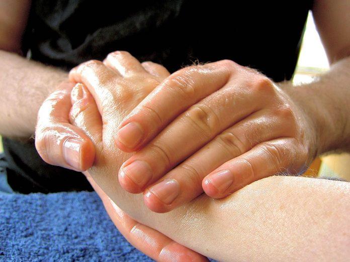 huile de massage pour sportifs