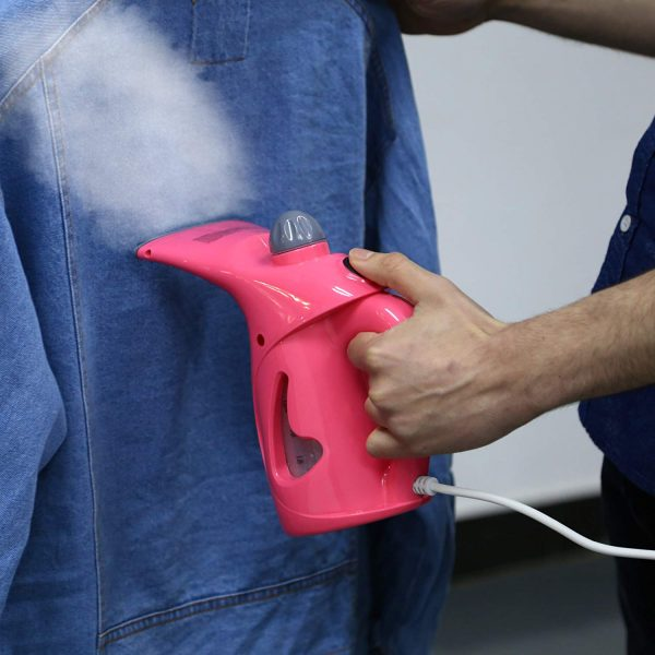 repassage pratique grâce au défroisseur vapeur