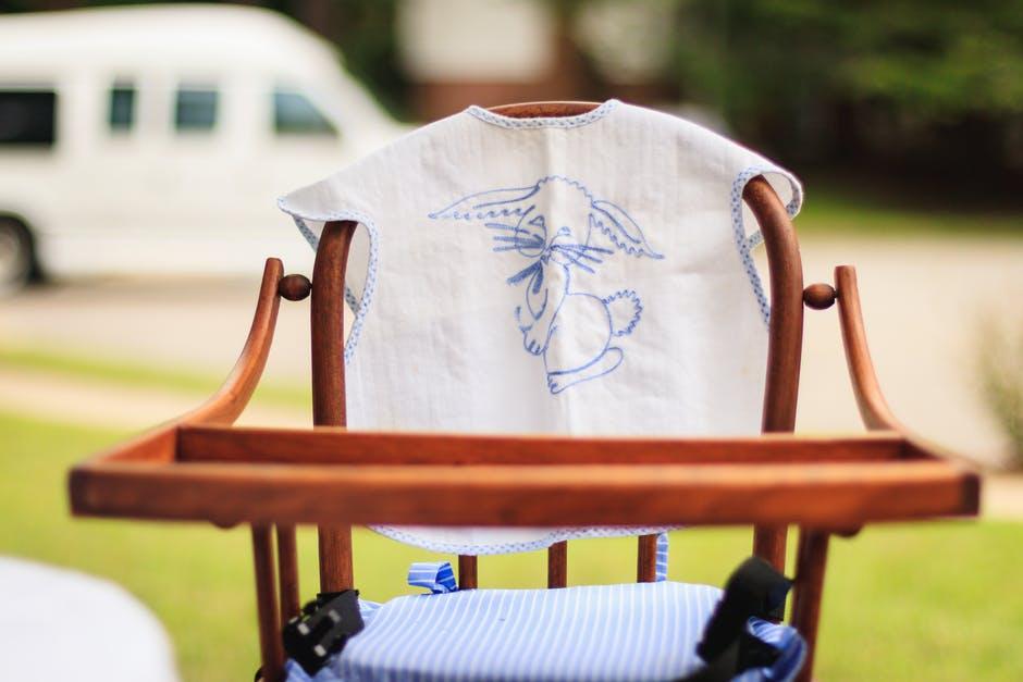 choisir chaise haute pour bébé