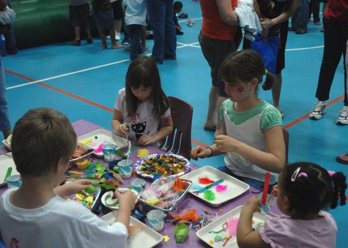 initier enfants à l'art